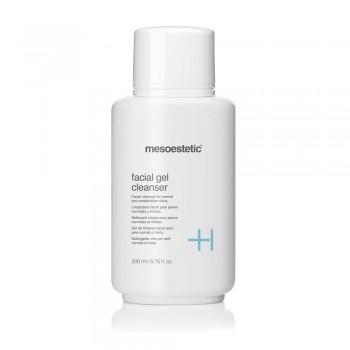 Puhastav geel normaalsele ja kombineeritud nahale / facial gel cleanser